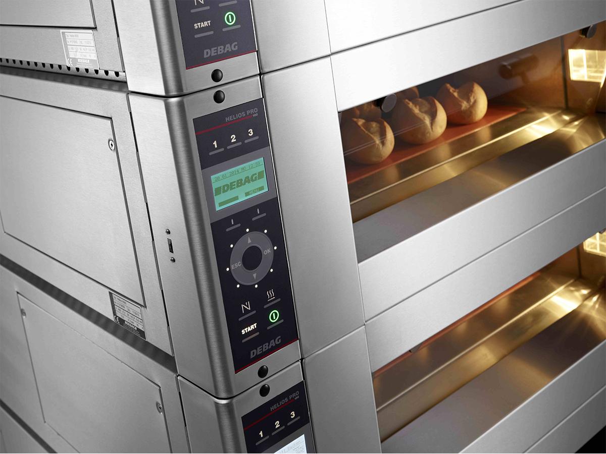 Programsko upravljanje DEBAG  PRO  (  99  avtomatskih programov peke,  avtomatsko dodajanje pare in odpiranje lopute, USB vhod,  FilialNet)
