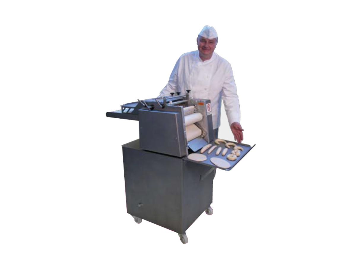Stroji za oblikovanje kruha in peciva UNIVERSUM 3050-00
