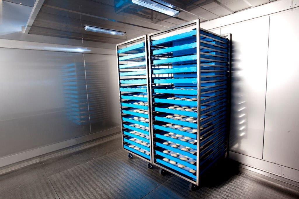 Nizkotemperaturna skladišča za nepakirane izdelke na pladnjih.